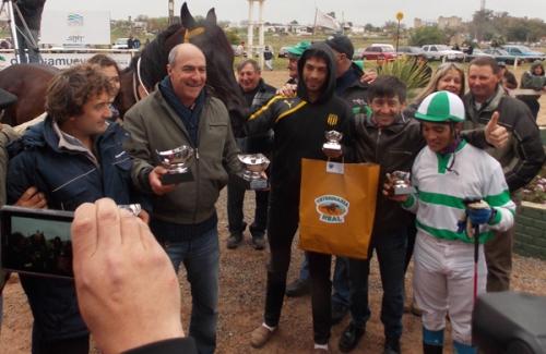 Hipódromo Real de San Carlos - Colonia - Página 3 Falero-premios