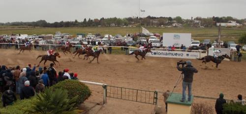 Hipódromo Real de San Carlos - Colonia - Página 3 Octava-tatacho-llegada1